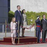 Los Reyes Felipe y Letizia en la ceremonia de despedida en Madrid antes de su Viaje de Estado a Japón