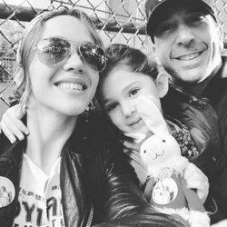 David Schwimmer junto a su mujer Zoe Buckman y su hija Cleo tras anunciar su separación