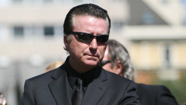 José Ortega Cano roto de dolor en el funeral de Rocío Jurado