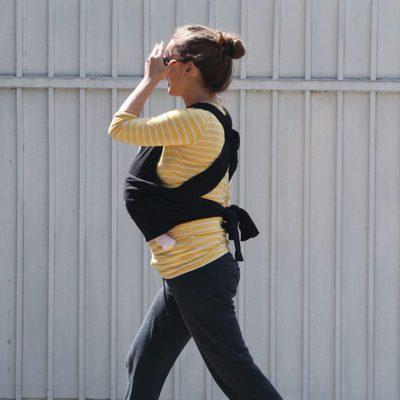 Natalie Portman paseando con su hija Amalia Millepied