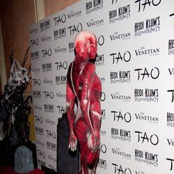 Parte trasera del disfraz de Halloween 2011 de Heidi Klum