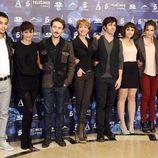 Los actores y el director de 'Verbo' en la presentación de la película