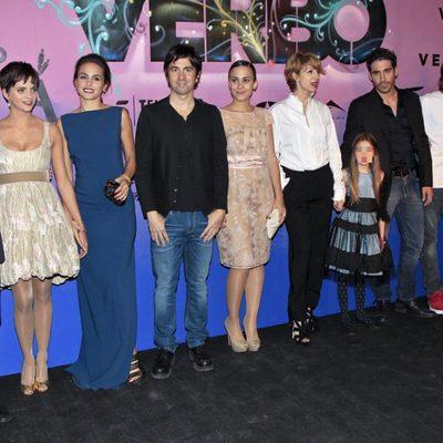 El director y los actores de 'Verbo' en su estreno en Madrid