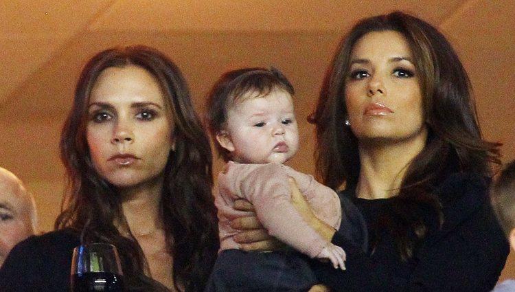 Victoria Beckham, Eva Longoria y Harpen Seven