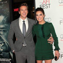 Armie Hammer y Elizabeth Chambers en la premiere de 'J. Edgar' en Los Angeles