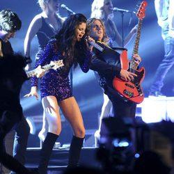 Selena Gomez durante su actuación en los MTV Europe Music Awards 2011