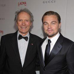 Clint Eastwood y Leonardo DiCaprio en la gala homenaje a Clint Eastwood en Los Angeles