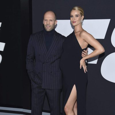Jason Statham y Rosie Huntington-Whiteley en la Premiere de la película 'Fast & Furious 8' en Nueva York