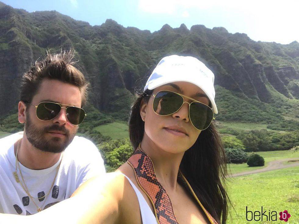 Kourtney Kardashian y Scott Disick disfrutando de sus vacaciones