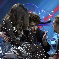 Aylén Milla, consolada por Irma Soriano en la final de 'GHVIP5'