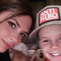 Cruz Beckham felicita de una manera especial el cumpleaños a Victoria Beckham