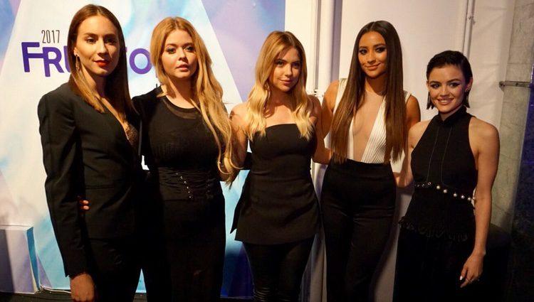 Troian Bellisario, Sasha Pieterse, Ashley Benson, Shay Mitchell y Lucy Hale en la premiere de los últimos episodios de 'Pretty Little Liars'