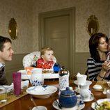 Federico y Mary de Dinamarca desayunando con sus hijos Christian e Isabel
