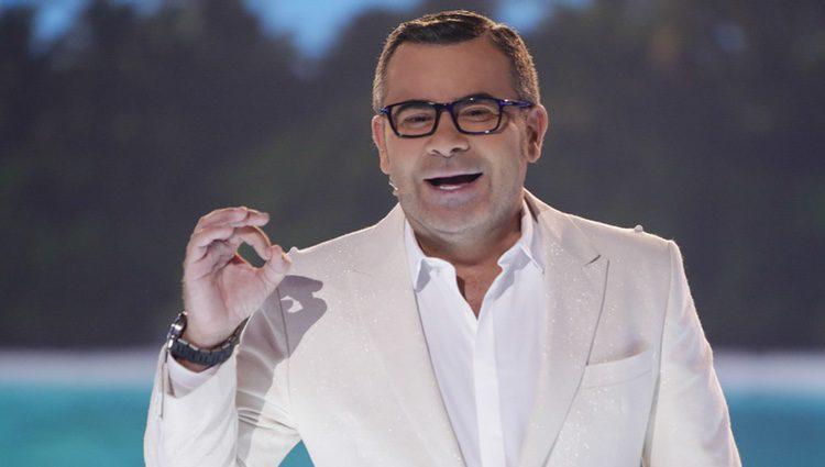 Jorge Javier Vázquez en el plató durante la primera gala de 'Supervivientes 2017'