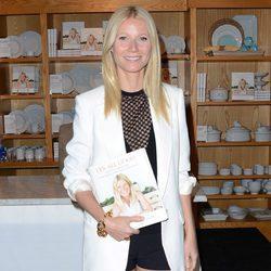 Gwyneth Paltrow en la promoción de su libro 'It's all good' en Los Angeles