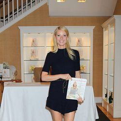 Gwyneth Paltrow promociona su primer libro 'My father's daughter' en Nueva York