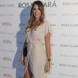 Daniela Ospina en el desfile de la nueva colección 2018 de Rosa Clará