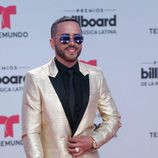 Yandel en la alfombra roja de los Billboard Latinos 2017