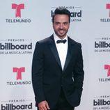 Luis Fonsi en la alfombra roja de los Billboard Latinos 2017