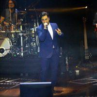 David Bustamante ofreciendo su primer concierto tras su separación de Paula Echevarría