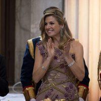 La Reina Máxima de Holanda aplaudiendo durante el 50 cumpleaños del Rey Guillermo