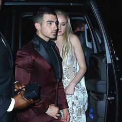 Joe Jonas y Sophie Turner en la afterparty del MET 2017