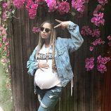 Beyoncé presume su embarazo con un look casual