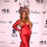 Beyoncé posa embarazada en la Inaugural Wearable Art Gala