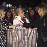 Las dos hermanas junto a Teresa en el programa 'Las Campos'