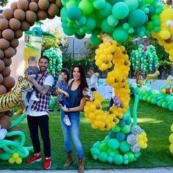 Sergio Ramos y Pilar Rubio celebrando el tercer cumple de Sergio Junior