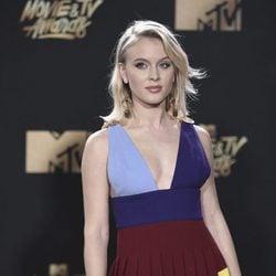 Zara Larsson en la alfombra roja de los MTV Movie Awards 2017
