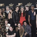 El elenco de 'Por trece razones' en los MTV Movie Awards 2017