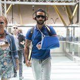 Eliad Cohen vuelve a España tras abandonar 'Supervivientes 2017' por su lesión