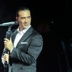 Alejandro Fernández en su concierto de 'Starlite'
