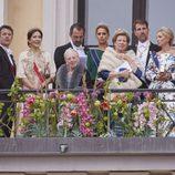 La Familia Real Danesa y la Familia Real Griega en el 80 cumpleaños de Harald y Sonia de Noruega