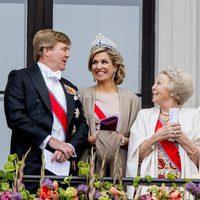 Los Reyes de Holanda y Beatriz de Países Bajos en el 80 cumpleaños de Harald y Sonia de Noruega