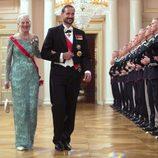 Margarita de Dinamarca y Haakon de Noruega en una cena de gala por el 80 cumpleaños de los Reyes de Noruega