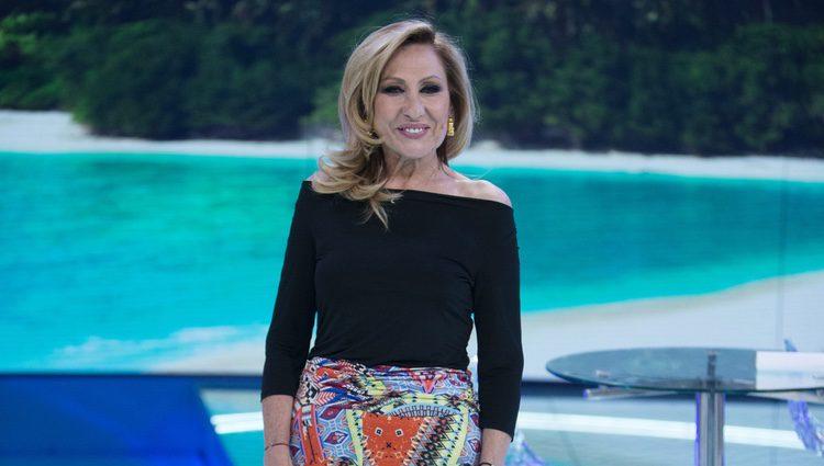 Rosa Benito debatiendo sobre 'Supervivientes 2017'
