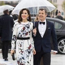 Federico y Mary de Dinamarca en la cena en honor a los Reyes de Noruega por su 80 cumpleaños