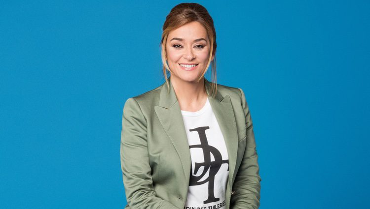 Toñi Moreno en la imagen promocional de su programa de Telecinco 'Viva la vida'