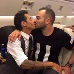 El besazo en la boca entre Maluma y Marc Anthony