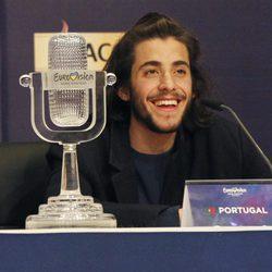 Primera rueda de prensa de Salvador Sobral tras convertirse en ganador de Eurovisión 2017