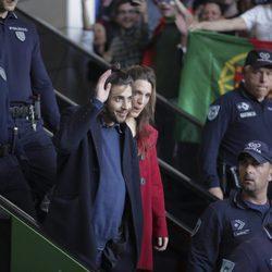 Salvador Sobral, abrumado por el recibimiento a su vuelta a Portugal