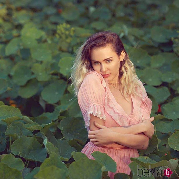 Miley Cyrus posa para la revista Billboard