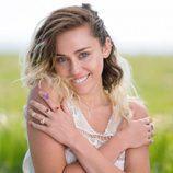 Miley Cyrus espléndida tras su recuperación