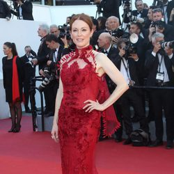 Julianne Moore en la gala inaugural del Festival de Cannes 2017