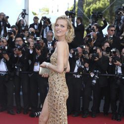 Eva Herzigová en la gala inaugural del Festival de Cannes 2017