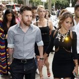 Leo Messi y Antonella Roccuzzo en la inauguración de su tienda