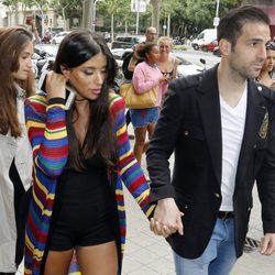 Cesc Fábregas y Daniella Semaan en la inauguración de la tienda de Antonella Roccuzzo y Sofía Balbi