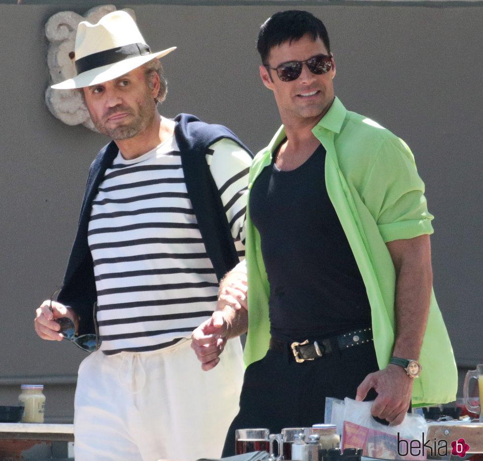 Ricky Martin y Édgar Ramírez grabando 'American Crime Story'